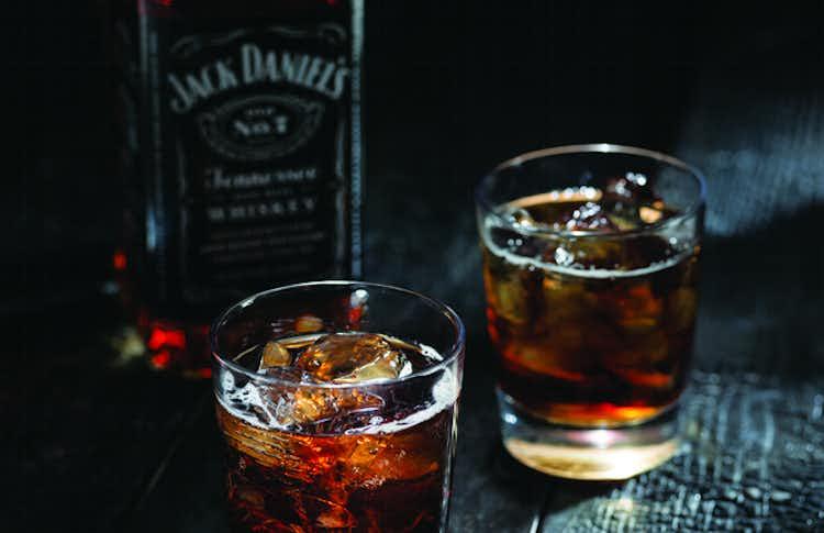 Jack & Coke Recipe | Drizly